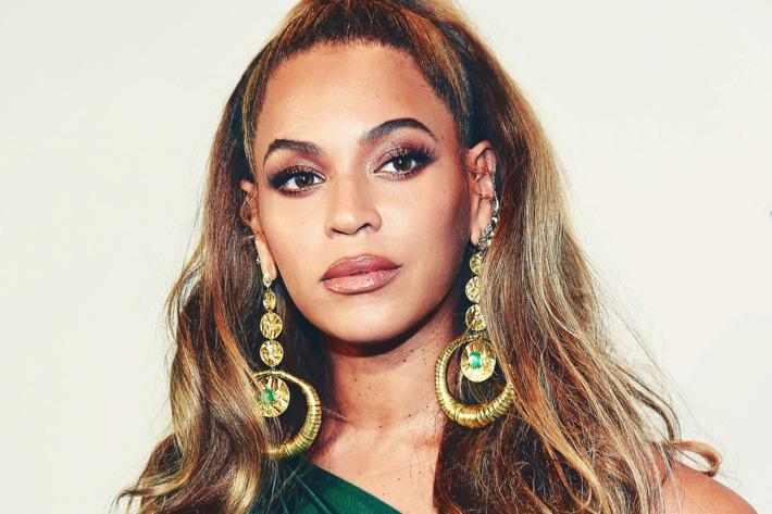 Beyoncé thắt chặt kiểm soát hàng giả
